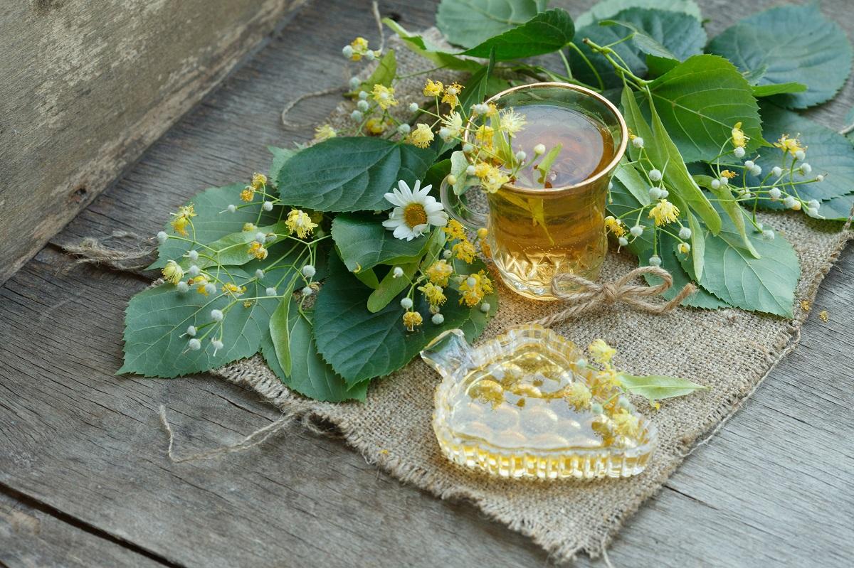 Ceaiul care scade tensiunea și vindecă răceala: Când este contraindicat