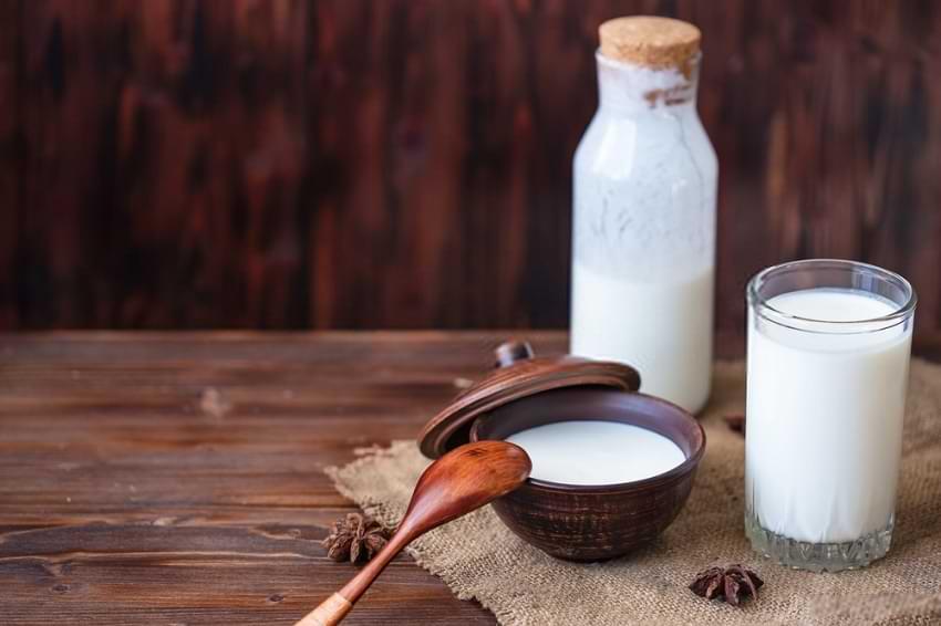 Chefir – 7 beneficii pentru sănătate, inclusiv creșterea imunității și vindecarea intestinului