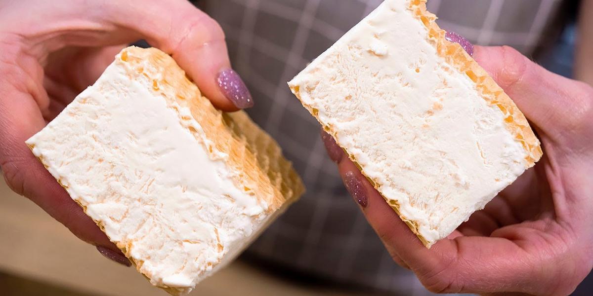 Doar 2 ingrediente și în 5 minute totul este gata! Înghețată în condiții casnice!