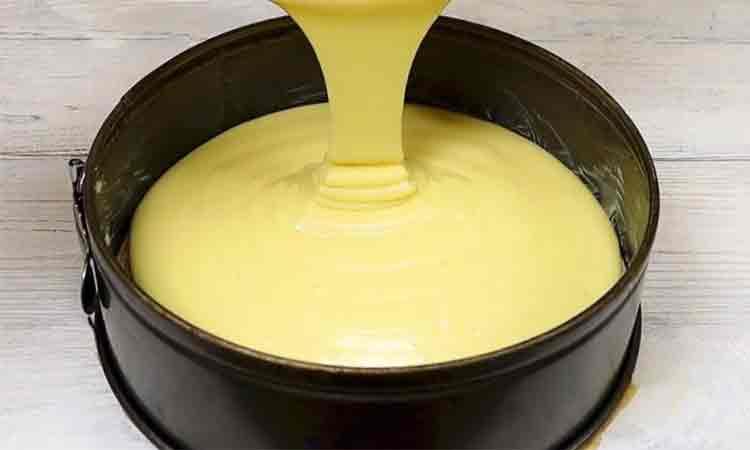 Blat pentru tort cu aroma de vanilie: Foarte simplu, potrivit pentru orice fel de tort