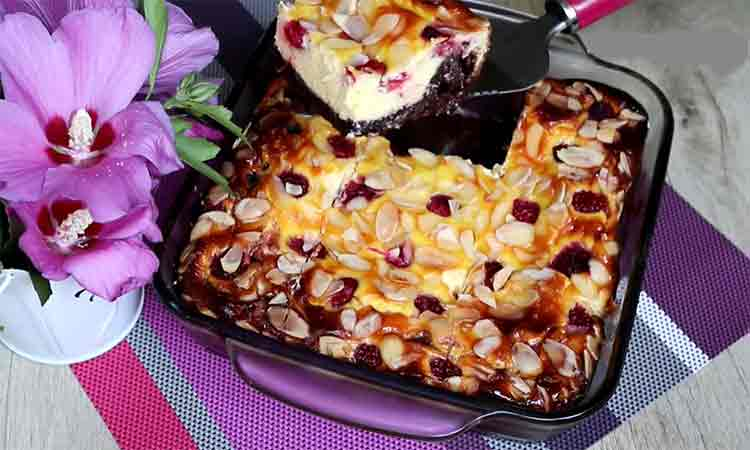 Placinta cu branza, ciocolata si fructe- Are un gust deosebit
